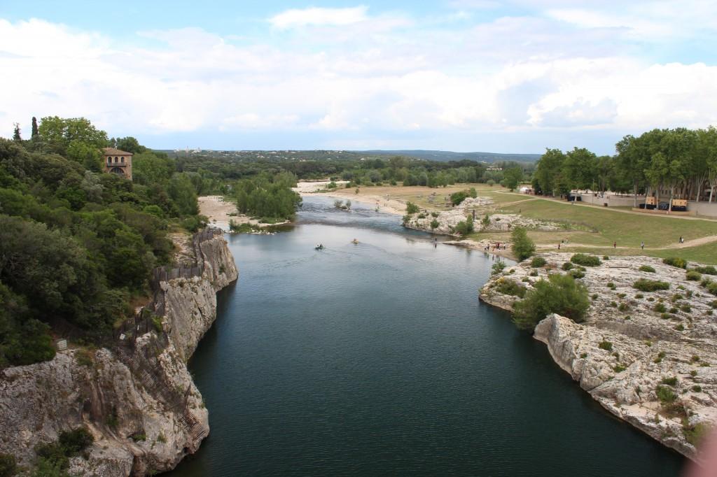 древнеримский мост Пон-дю-Гар