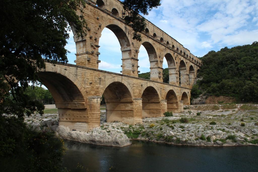 древнеримский мост Пон-дю-Гар франция